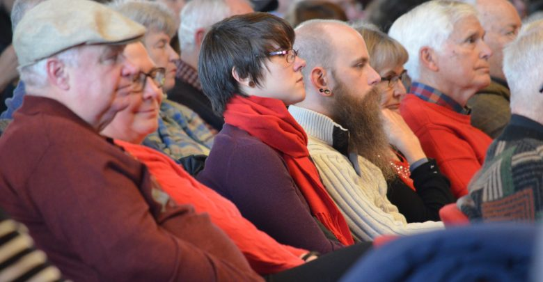 The constant flow of music made audience members pay close attention
